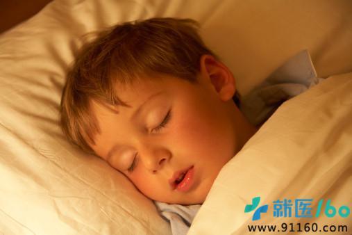 头像 男生 欧美 小孩子睡觉