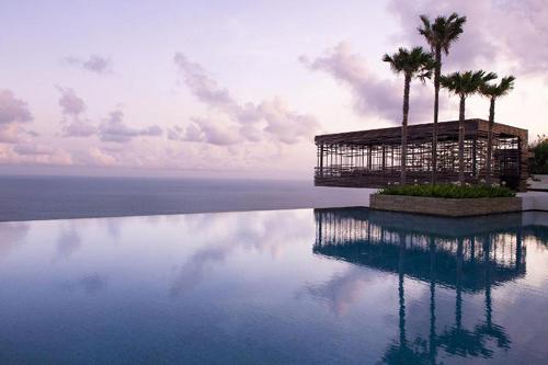 全球十大最美泳池 光看看就很养眼