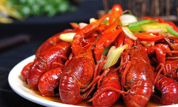 去餐馆吃小龙虾的正确吃法,涨姿势