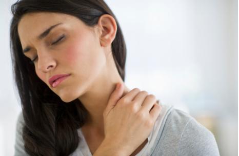 常做这五个动作,轻松缓解颈椎痛