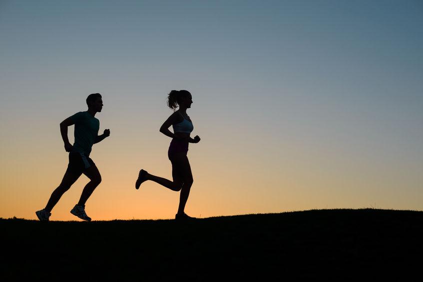 跑步减肥法_减肥贵在坚持,跑步减肥通常需要3个月才能看出明显的变化.   2.